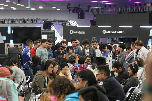 Jugadores en el Campus Party