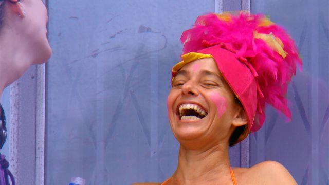 Por qué mostramos los dientes al reír
