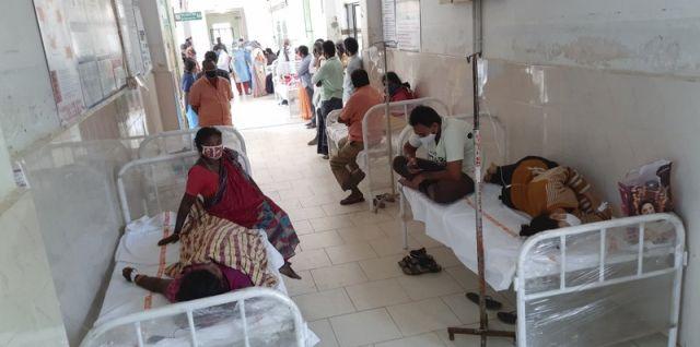 Extraña enfermedad ataca a 300 personas en la India