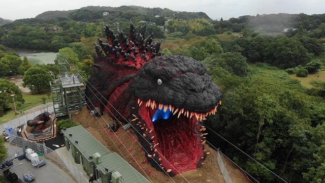 Atracción de Godzilla en Japón