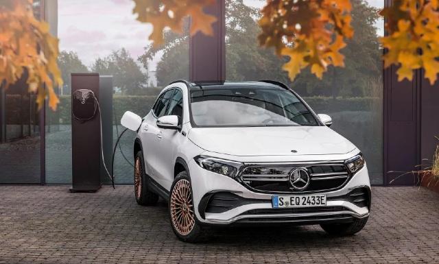 Mercedes-Benz presentó el EQA de 50 mil dólares