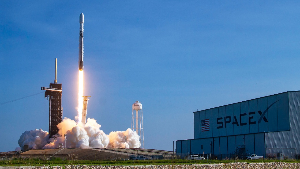 SpaceX lanzará satélite Agencia Espacial Mexicana