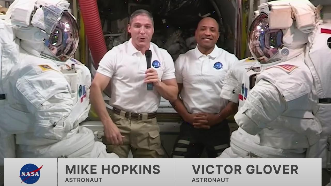 Mike Hopkins Victor Glover Astronautas NASA