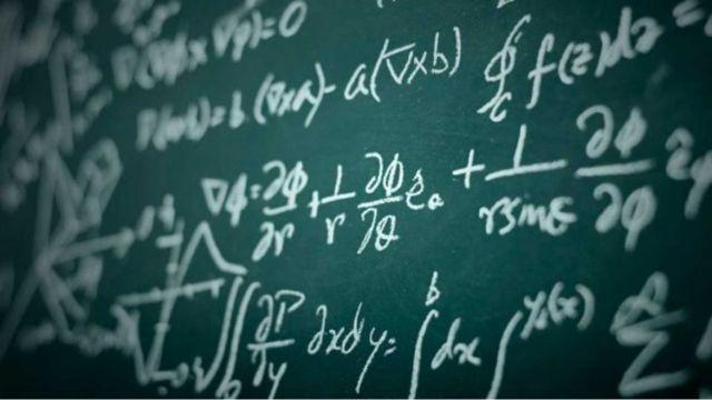 Ecuaciones matemáticas resolver en Google