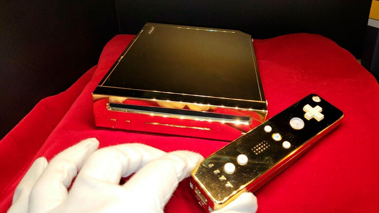 Así es el Nintendo Wii de oro de la Reina Isabel