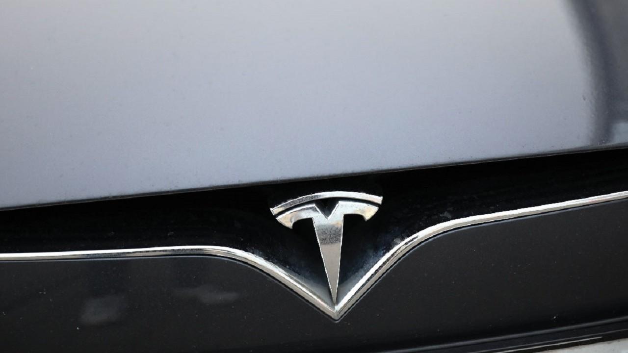 Tesla Autos Piloto Automático Accidente Automovilístico