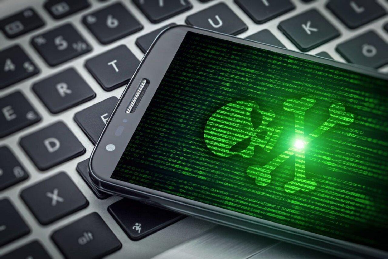 whatsapp plus malware desventajas