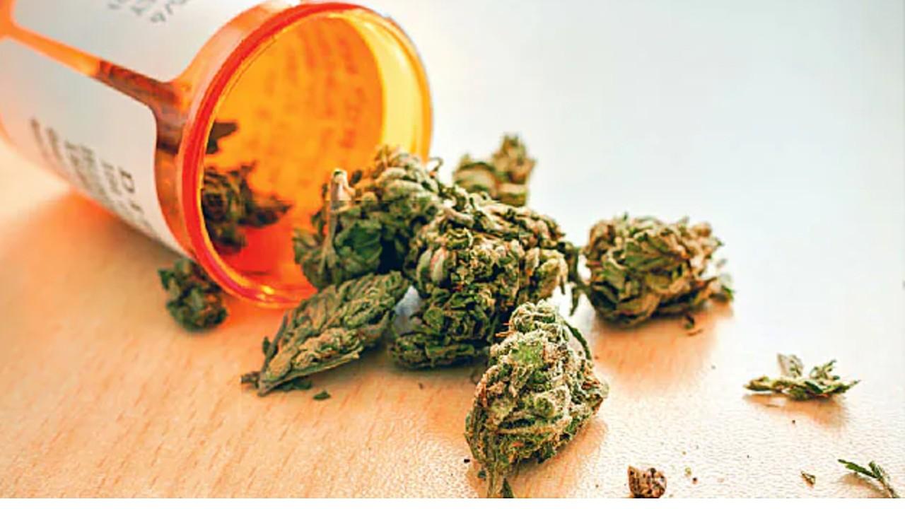 cannabis medicina parkinson tratamiento