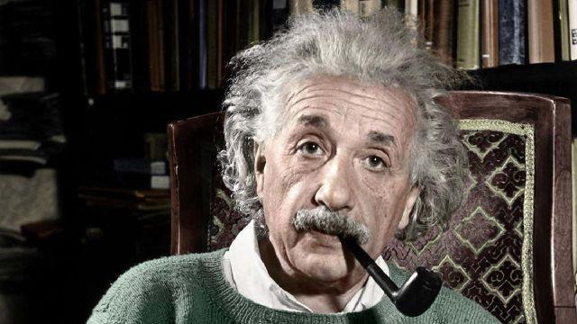 Encuentran carta perdida de Einstein donde habla de los 'supersentidos' en animales
