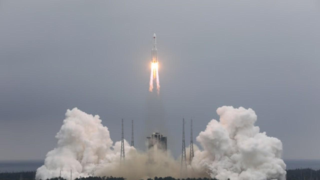 El cohete de larga marcha 5b y2