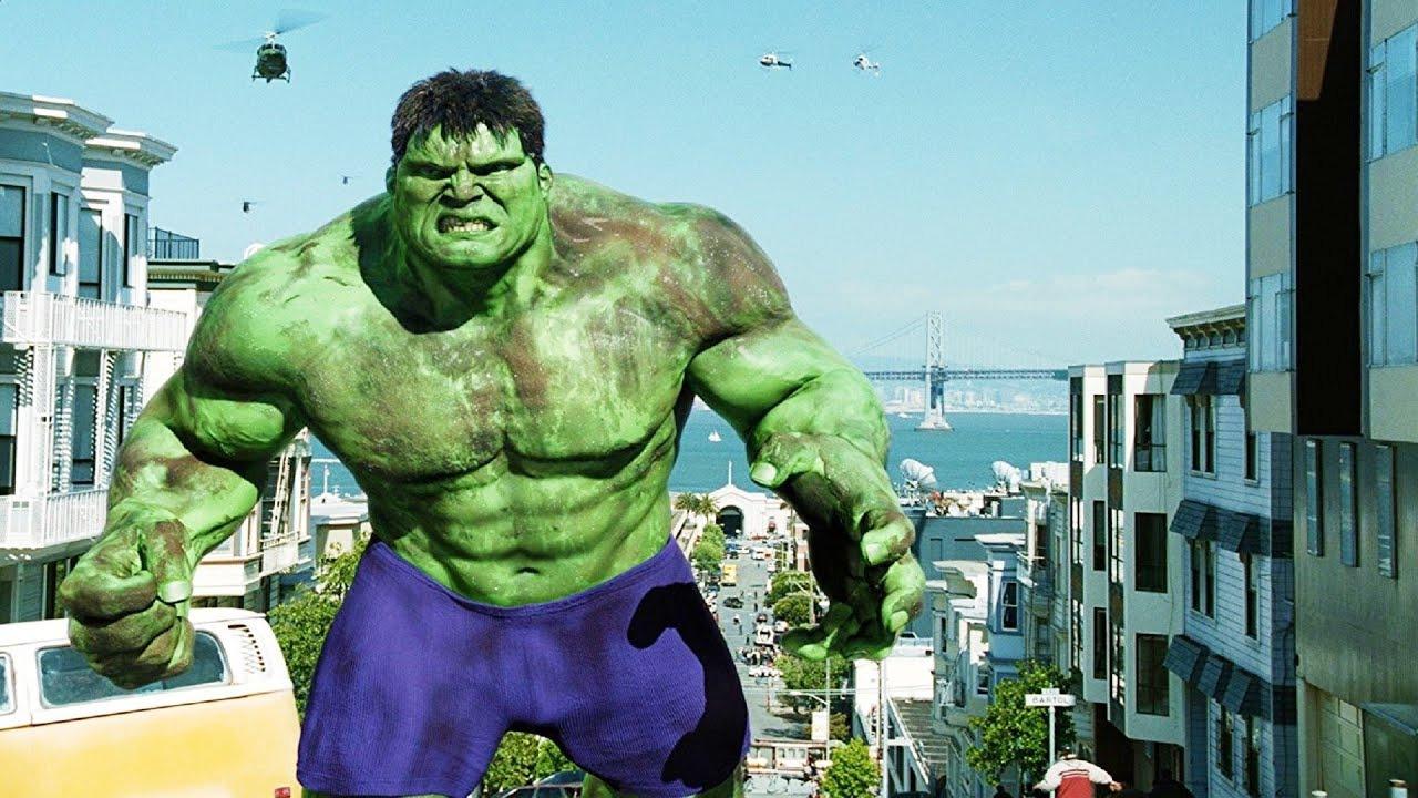 hulk 2003 altura personaje película
