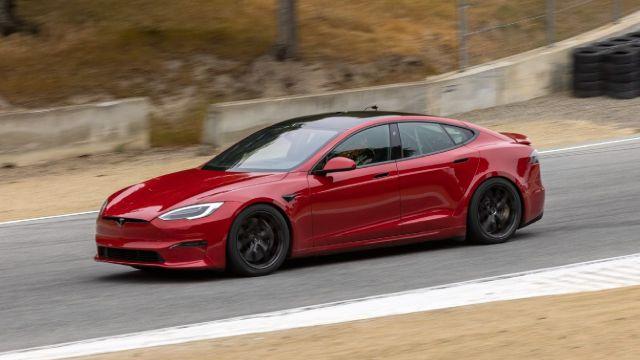 Tesla elon musk model s plaid cancelado