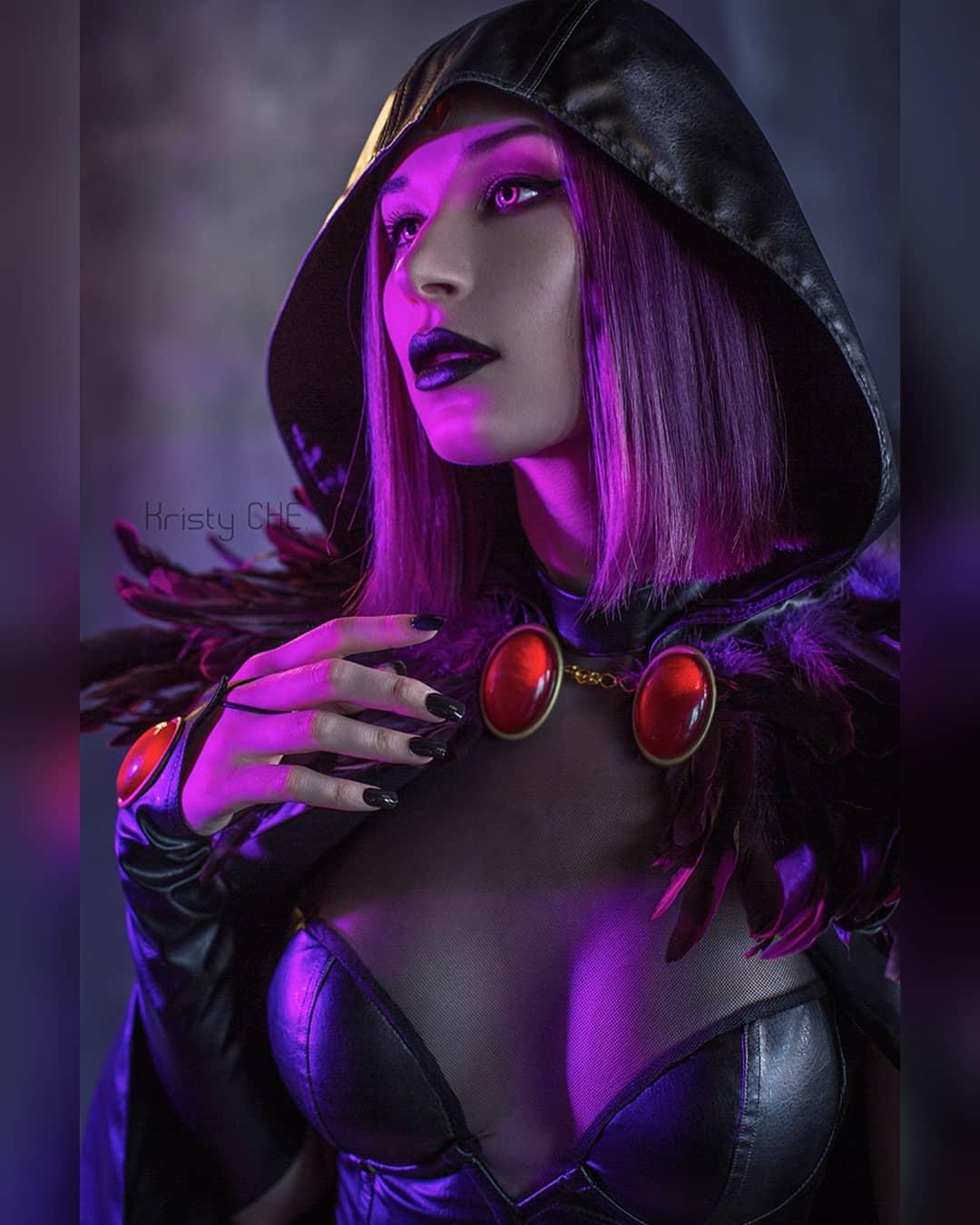 Teen Titans: Raven aparece en la vida real gracias a este cosplay impactante