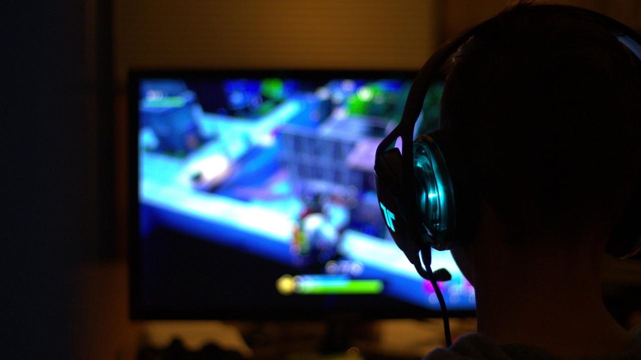 Videojuegos acceso China menores 18 años