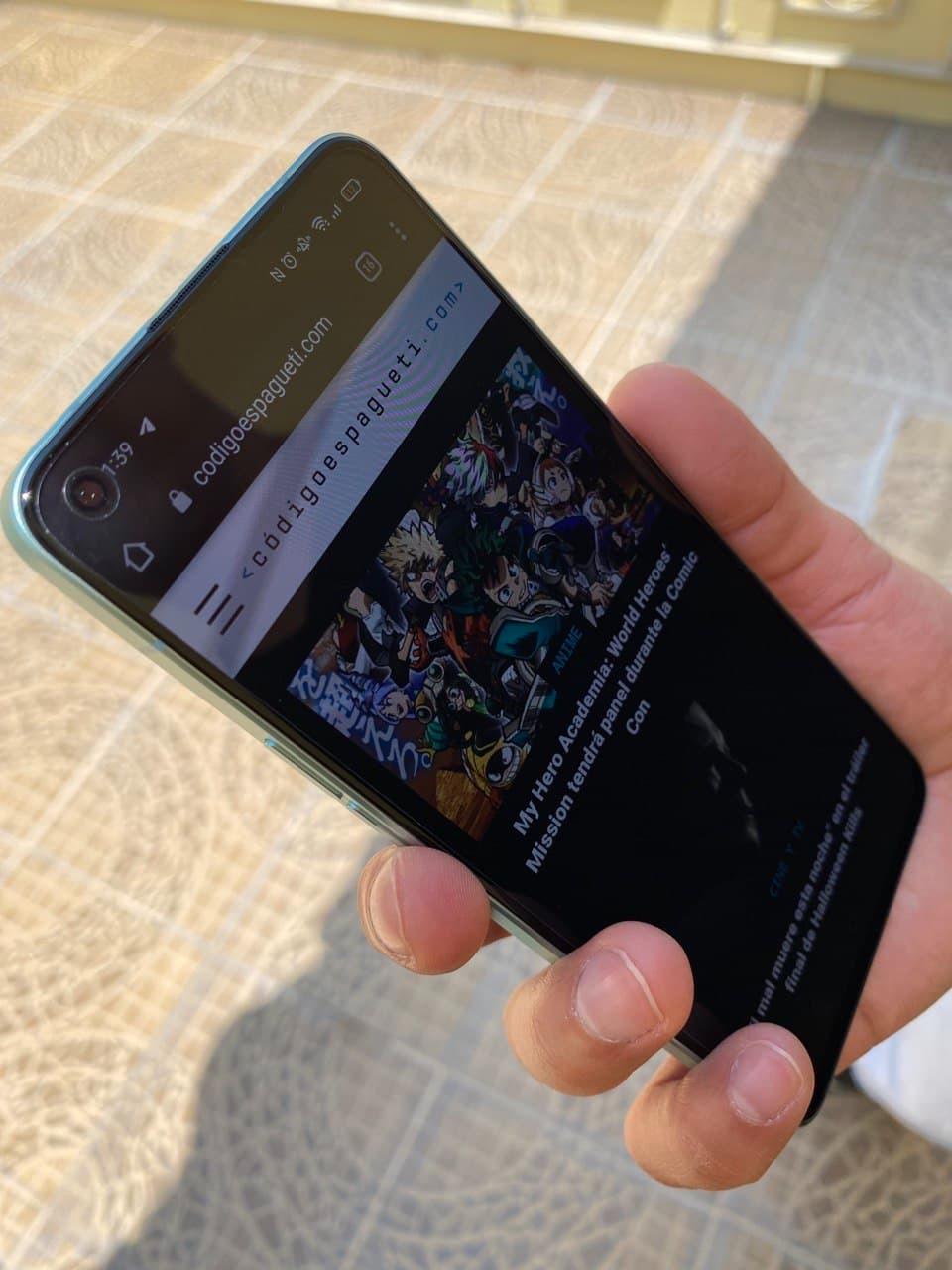 Pantalla Nits Teléfonos Gama Media OPPO Reno6 5G