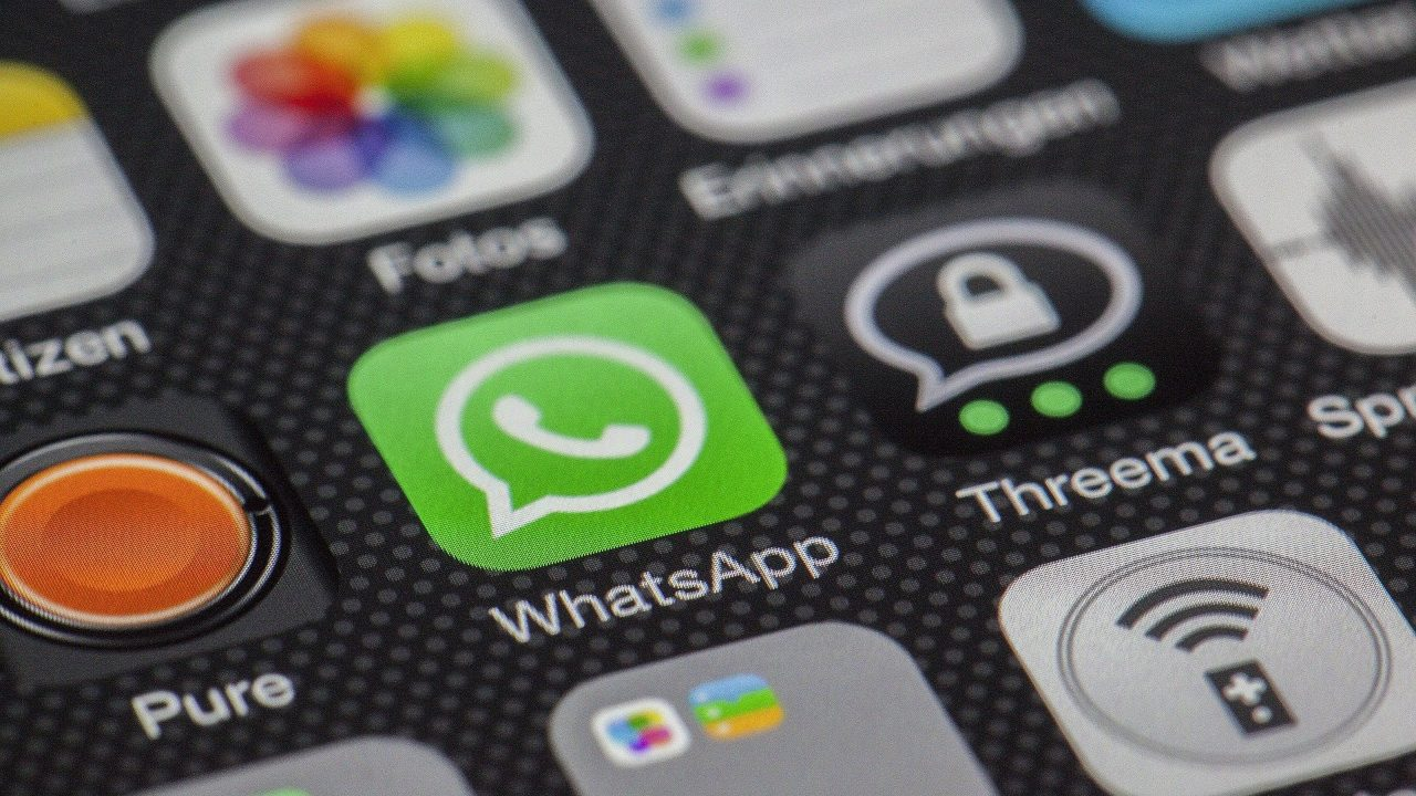 Whatsapp multa Europa violación privacidad usuarios