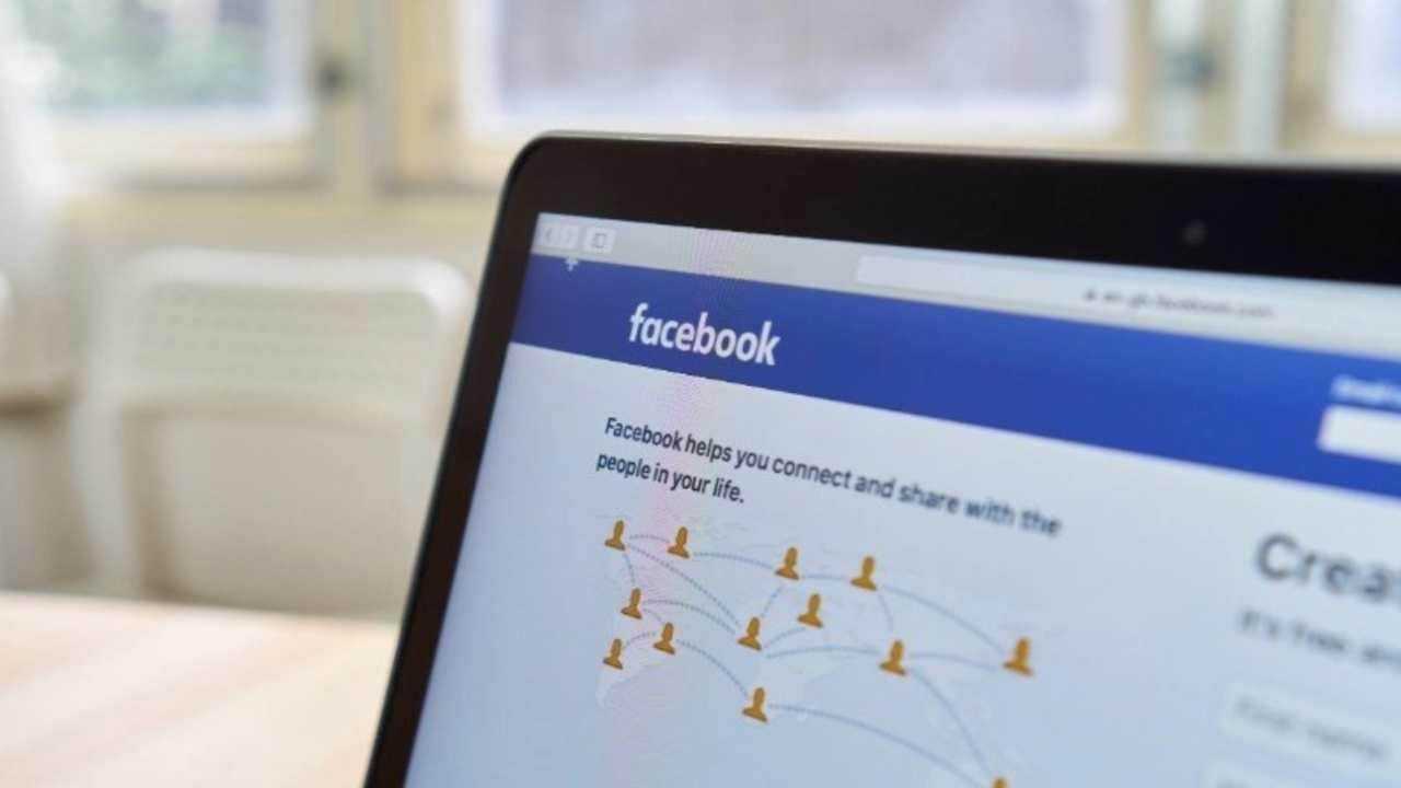 Facebook eliminar contenido acoso figuras públicas