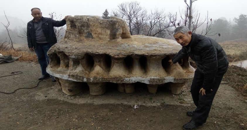 Misteriosa roca con forma de «OVNI» encontrada en China desconcierta a expertos