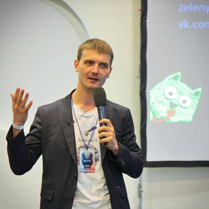 El aficionado al cosmos, bloguero e impulsor del proyecto, Vitali Egórov
