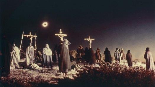 ¿Por qué el día se convirtió en noche durante la crucifixión de Jesús?