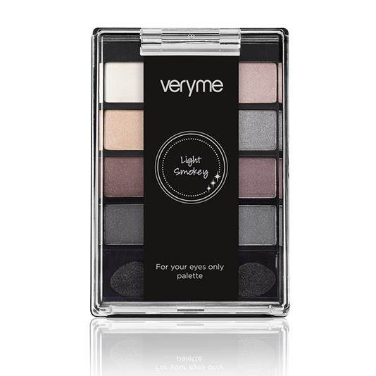 Oriflame Very Me Light Smoke Eye Palette Pakistan
