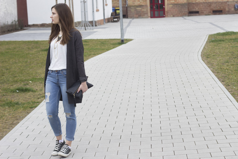 Cardigan Ripped Jeans 1 - coeurdelisa