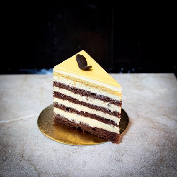 cofetaria-andros-tort-prajituri-eveniment-dulciuri-ciocolata-frisca-vanilie