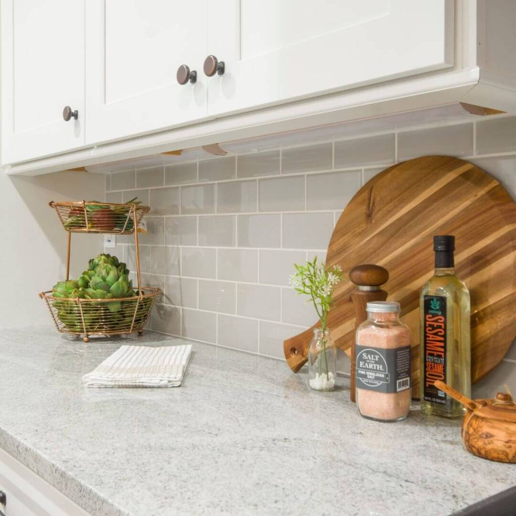 how to style kitchen counter tops