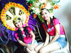 With her friend contestant Jaja while waiting for the production number to start.