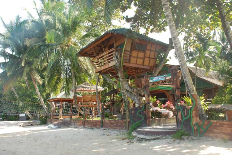 Ausan Beach Cottage on stilts, Port Barton, Palawan, Philippines
