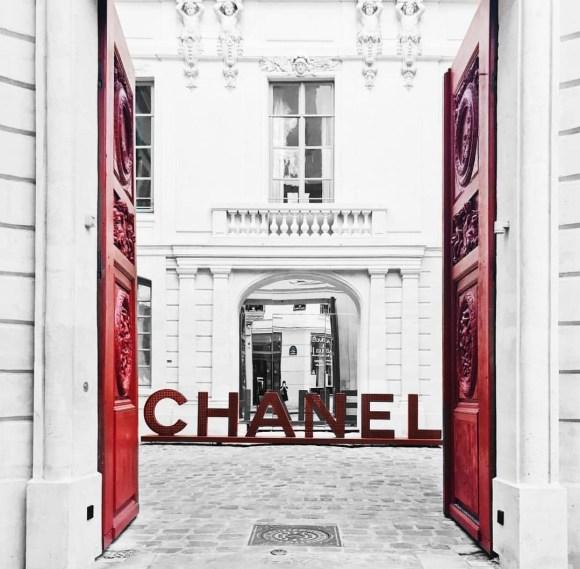 Palais de Chanel in Paris, France | CoffeeAndHandbags.com
