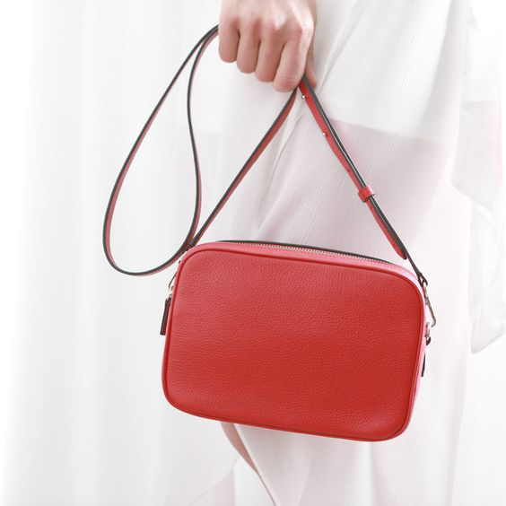 Leatherology Red Meadow Double Zip Camera Bag