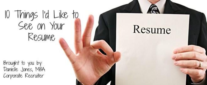 man-holding-resume