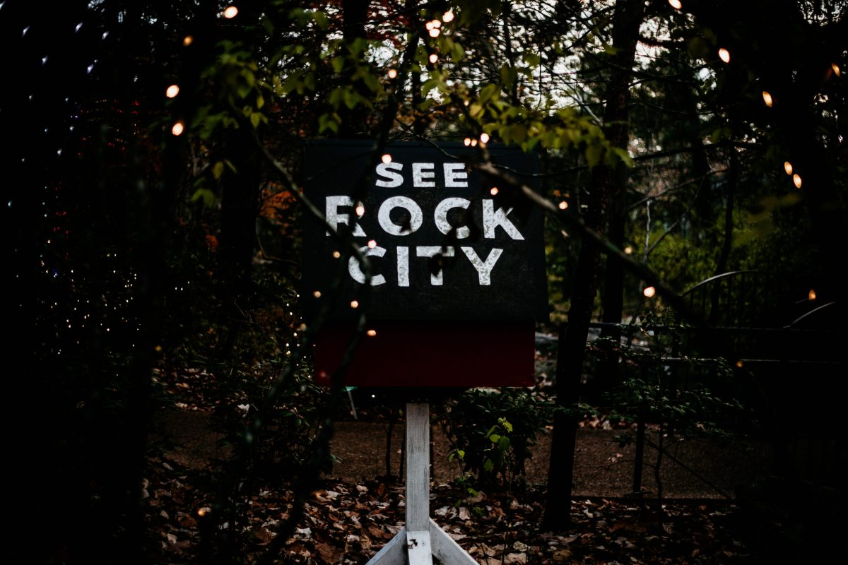 Kick Off The Christmas Season With Magical Family Trip To Rock City S Enchanted Garden Of Lights Coffee County News