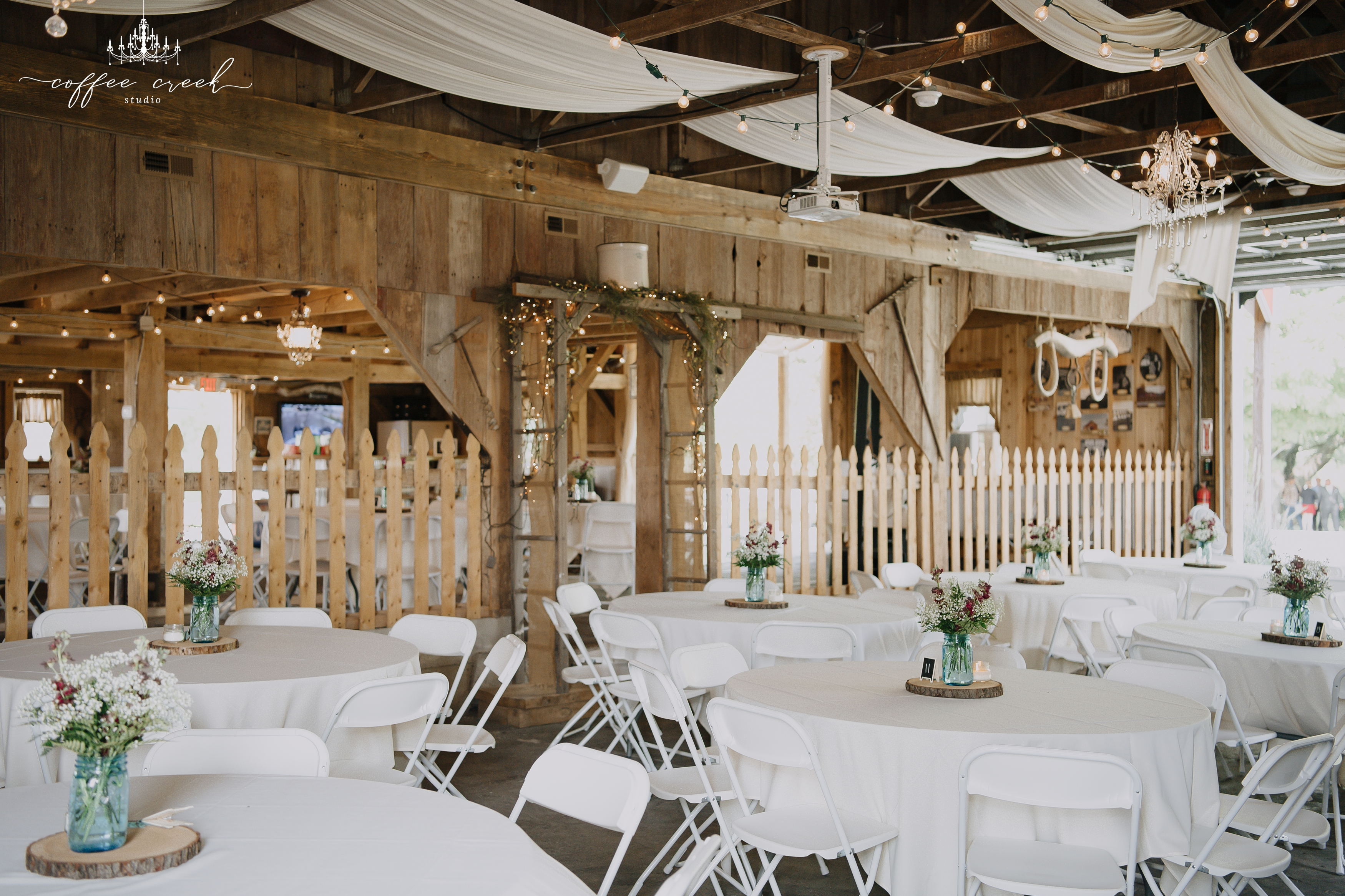vintage barn venue wedding
