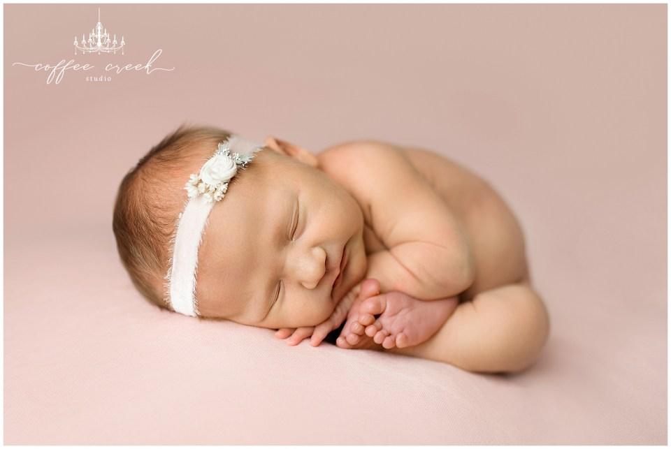 Indianapolis newborn photographer pink