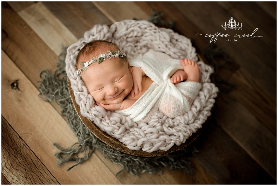 Indianapolis newborn photographer newborn girl in bowl