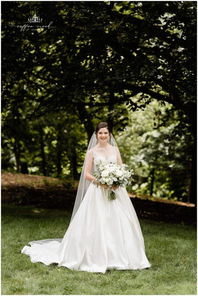 Bridal portrait at Laurel Hall Wedding