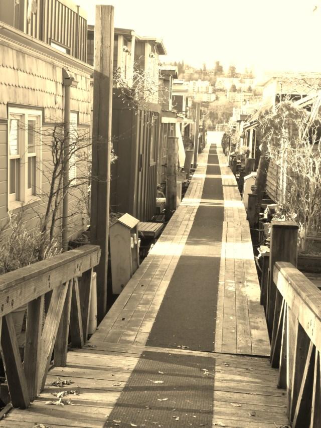 seattle houseboat community