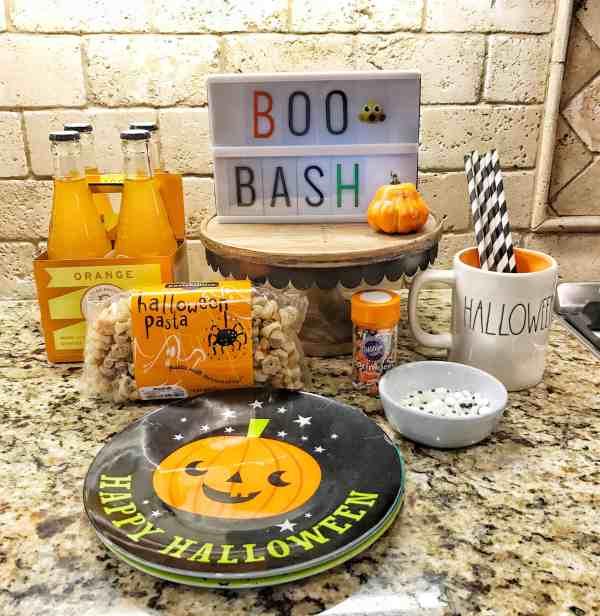 Halloween Themed Dinner Idea #kidfriendly #notsospooky #easy #boobash #halloweenparty