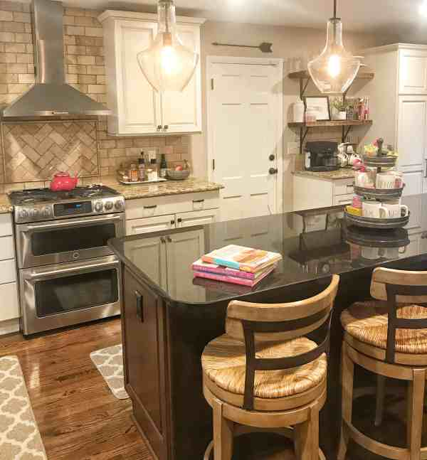 Farmhouse Kitchen Renovation #farmhousestyle #fixerupperstyle
