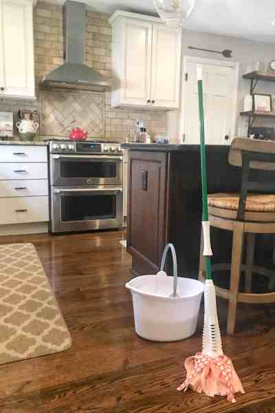 Back to school goals for mom #cleaning #selfcare #tips