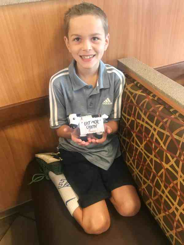 Chick-fil-A breakfast review #kidsmenu #activities #meals
