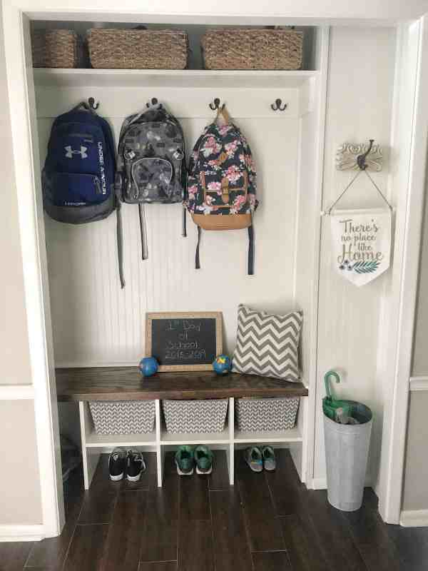 Back to School Organization #closetorganization #mudroom #tips