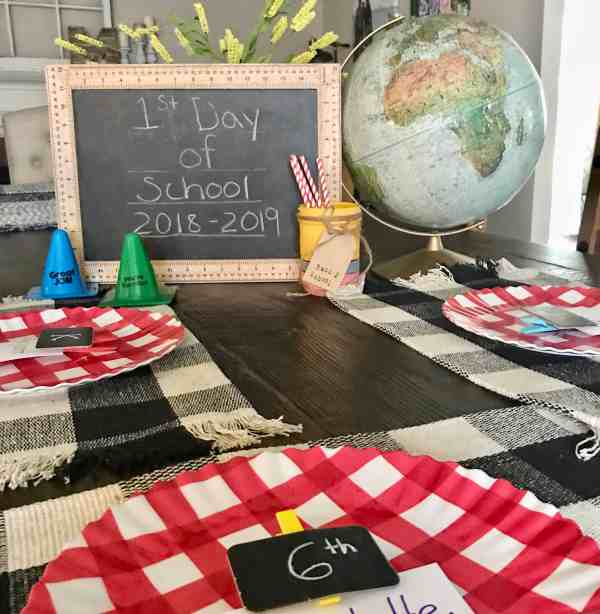 Throw a back to school dinner for your kids #1stdayofschool #backtoschool #traditions #kids