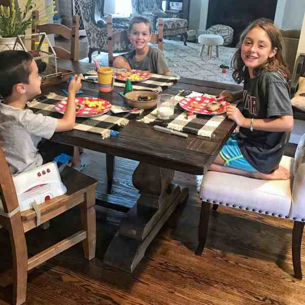 Create a back to school tradition your kids will cherish with a special night before dinner #kids #firstdayofschool #traditions