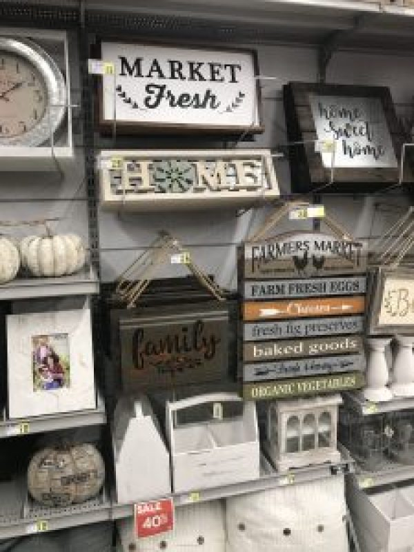Home Decor Finds at A.C. Moore #farmhousstyle #farmhousedecor #fixerupperstyle