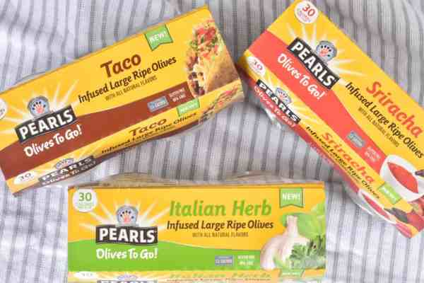Review of Pearl Olives to Go #healthysnacks #healthyeating #lunchideas