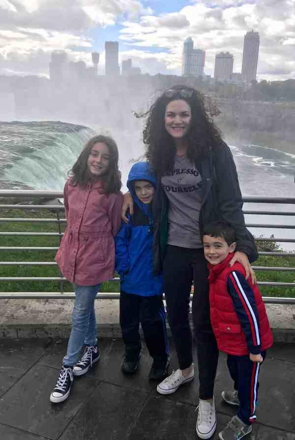 Taking a family trip to Niagara Falls