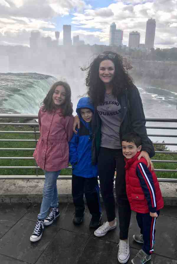 Taking a family trip to Niagara Falls
